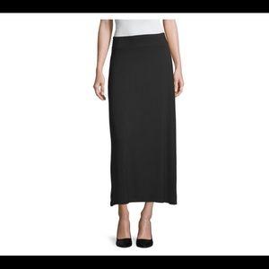 Liz Claiborne black maxi skirt size large